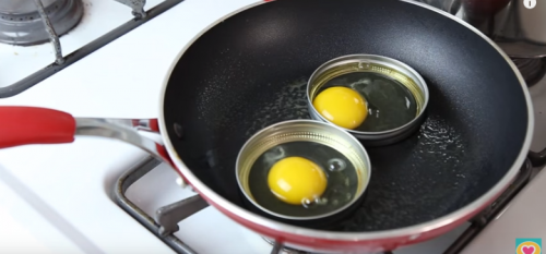 fried eggs in mason jar rings