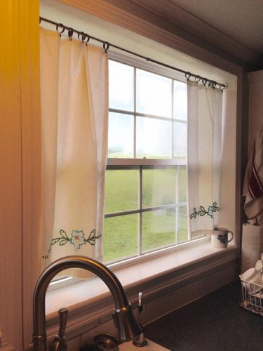 Cheap and DIY window idea: No-sew curtains made out of pillow cases