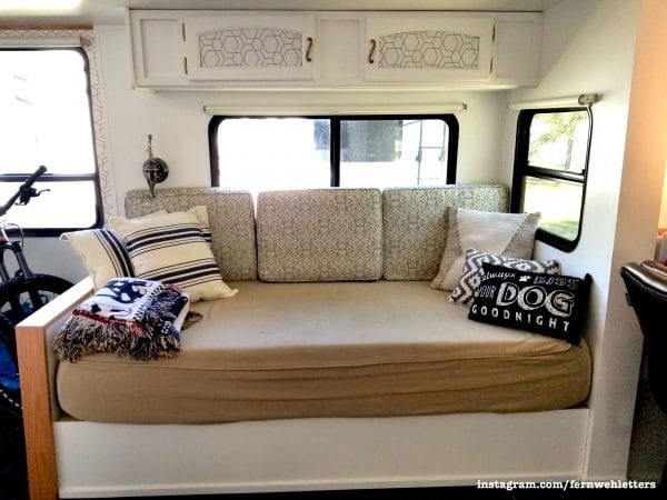 Custom built daybed sofa in RV by @thefernwehletters | rvinspiration.com