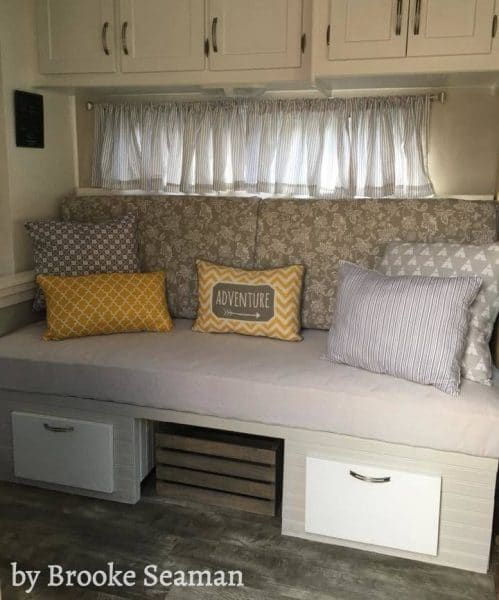 RV dining booth rebuilt as sofa bed by Jon and Brooke Seaman | Facebook.com/seacoservicess