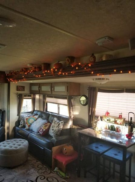 Fall RV decorating ideas by Mona Leavell Anderson