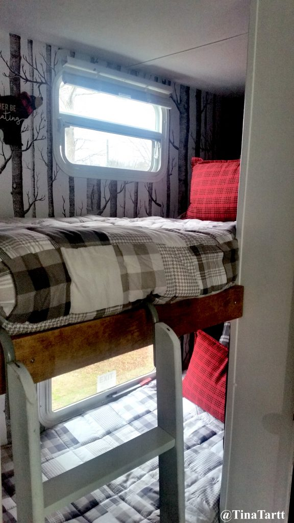 Thor Freedom Spirit RV bunkhouse makeover