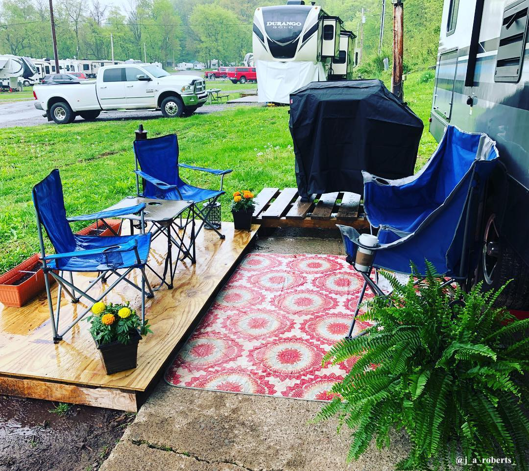 DIY RV porch ideas - patio made from plywood