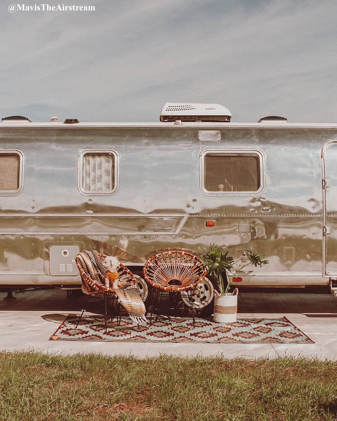 Vintage RV patio decorating ideas