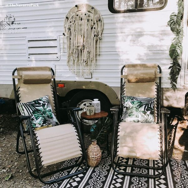 Campsite decorating ideas - Boho rug and wall hanging